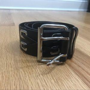 Banana Republic black leather belt size M